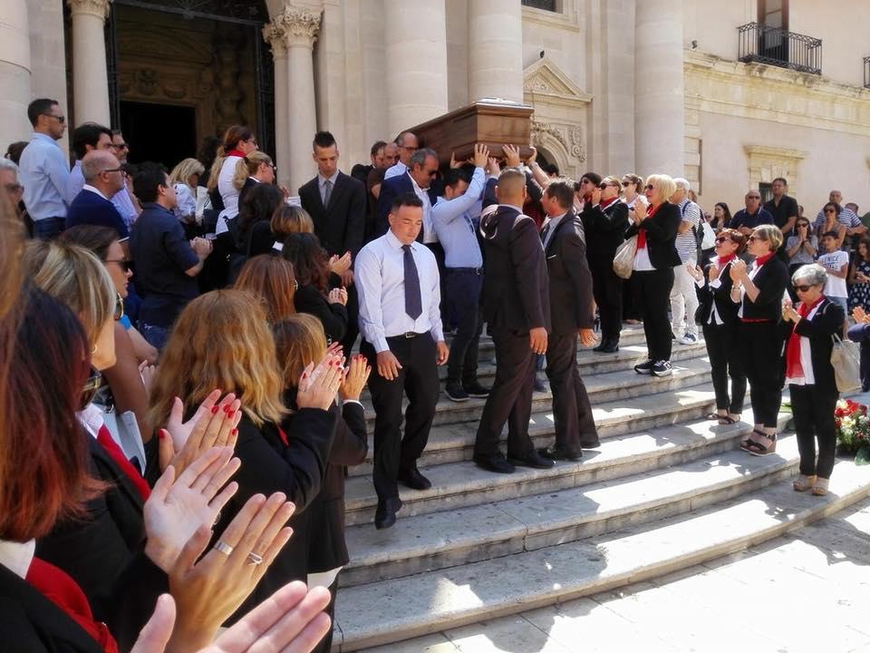 Il funerale diClaudio Castobello